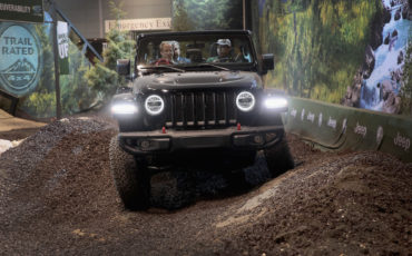 Recall Alert Fire Hazard Leads To Over 40 000 Jeep