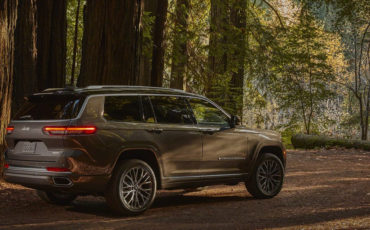 2021 Jeep Grand Cherokee L The Top Seller Gets A Third