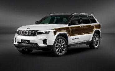 2022 Jeep Cherokee Summit Srt8 Off Road Review Overland